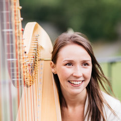 Elinor Nicholson Harpist in the UK