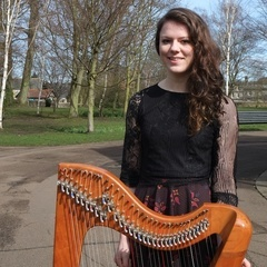 Steaphanaidh Chaimbeul Harpist in Manchester