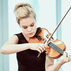 Monika Chmielewska Violinist in London
