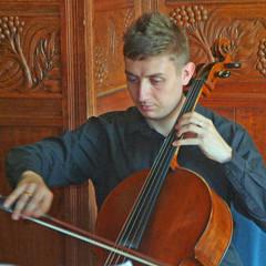 Richard Isaac Cellist in Liverpool