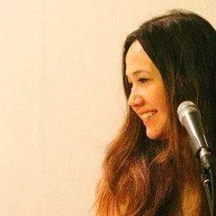 Roslin Russell Singer in Cambridge