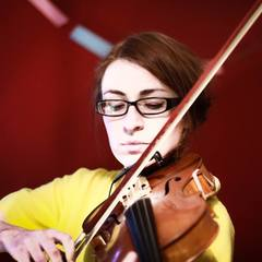 Nichola Kerr Viola Player in Glasgow