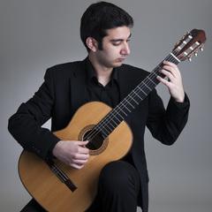 Sasha Savaloni Guitarist in Glasgow