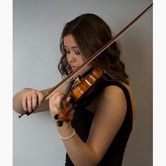 Annabel Kidd Violinist in the UK