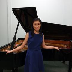 Pui-Yee Angela Lau Pianist in the UK