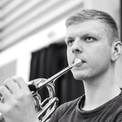 Oliver De Carteret French Horn Player in London