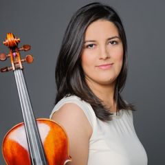 Heloísa Ribeiro Violinist in the UK