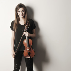 Claire Roberts Violinist in Sheffield