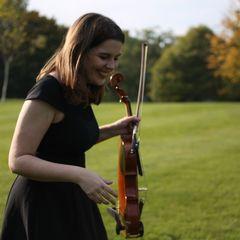 Maddy Clarke Viola Player in London