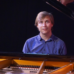 Pierre Riley Pianist in Cambridge