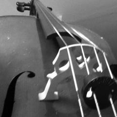 Alice MacLeod Cellist in Cambridge