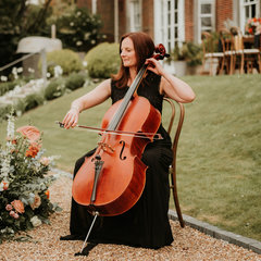 Emily Mitchell Cellist in the UK