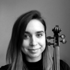 Anita Kurowska Viola Player in London
