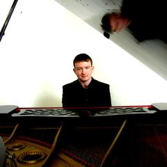 Michael Biggins Pianist in Newcastle