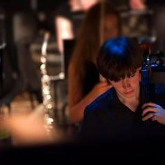 Peter Davis Cellist in London