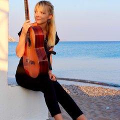 Alexandra Whittingham Guitarist in London