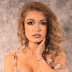Gemma Louise Doyle Singer in the UK