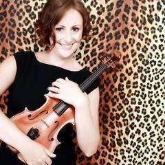 Liz Heyes-Lundie Violinist in Manchester