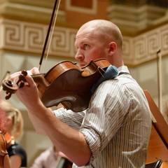 Sebastian Lee Viola Player in London