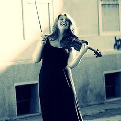 Andra Vornicu Violinist in Liverpool