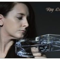Ray Louise Coyle Violinist in London