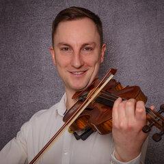 Carl Bradford Violinist in the UK