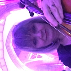 Della Hickey Viola Player in Glasgow