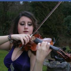 Rachel Elizabeth Roberts Violinist in Worcestor