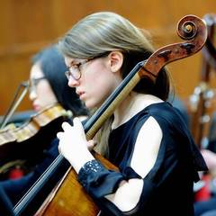 Lucy Roberts Cellist in London