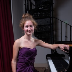 Sandie Middleton Pianist in Bristol