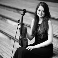 Dayna Townsend Violinist in Cardiff