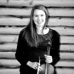 Grace Buttler Violinist in London