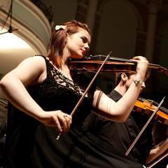 Rhiannon Leake Violinist in Glasgow
