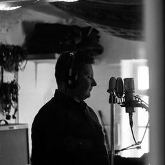 Kazik Pierlejewski Singer in Liverpool