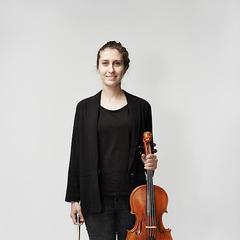 Elitsa Bogdanova Viola Player in London