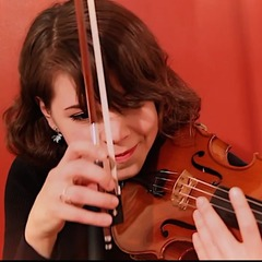 Phoebe Snelling Violinist in London