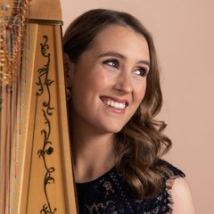 Esther Beyer Harpist in London