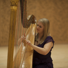 Gwenllian Llyr Harpist in London
