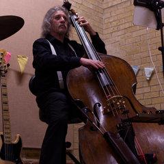 Graeme Hollingdale Double Bass Player in London