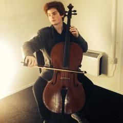 Joe Pritchard Cellist in Bristol