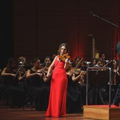 Naz Altinel Viola Player in Manchester