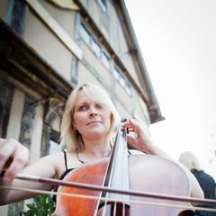 Erica Newton Cellist in Birmingham