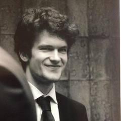 Daniel Crompton Cellist in London