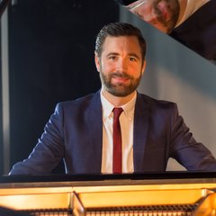 Michael Raggatt Pianist in Reading