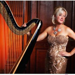 Anita Aslin Harpist in the UK