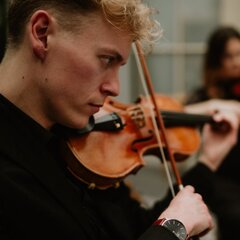 Mark Loveday Violinist in Swansea