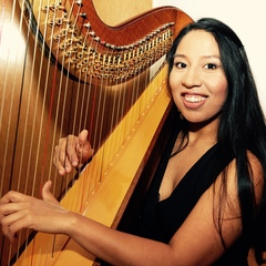 Ruby Aspinall Harpist in the UK