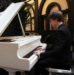 James Breckon Pianist in Manchester