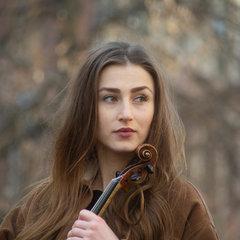 Gabriela Opacka Violinist in the UK