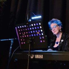 Karen Newby Pianist in London